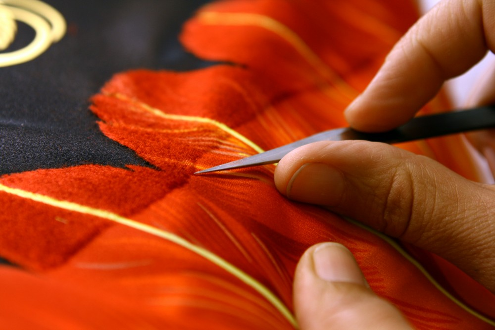 holding textile hermès, Artisans, Holding Textile Hermès, métiers d'art, the daily couture, stephanie Bui